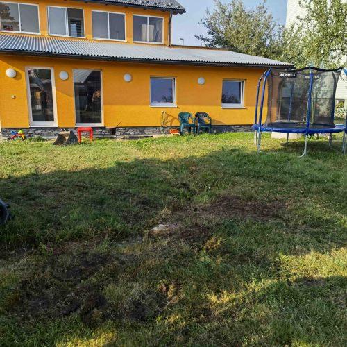 zemné upravy, stavba plotu, kladenie dlažby